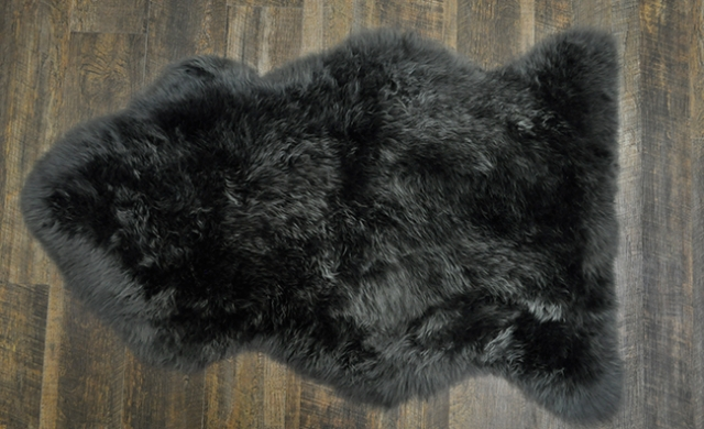 Dark Gray Shearling Rug by Keleen Leathers, Inc.